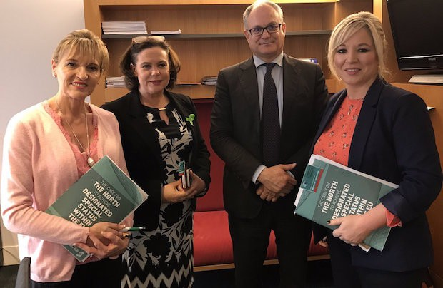 Martina Anderson MEP, Mary Lou McDonald TD and Michelle O'Neill MLA with European Parliament Brexit Steering Group rep Roberto Gualtieri in Strasbourg on Monday 15 May