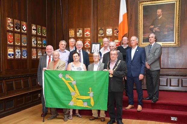 DCTU present the Starry Plough to Sinn Féin Dublin Ardmhéara Mícheál Mac Donncha