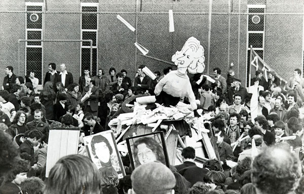 Thatcher effigy burning 1981
