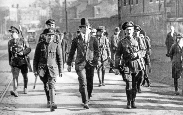 pg26-1920s-IRA-arrests