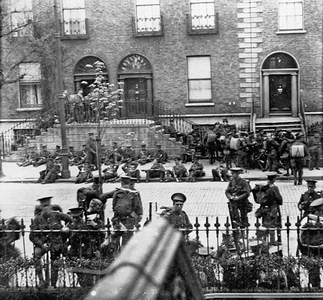 Sherwood Foresters on Northumberland Road, 26 April 1916