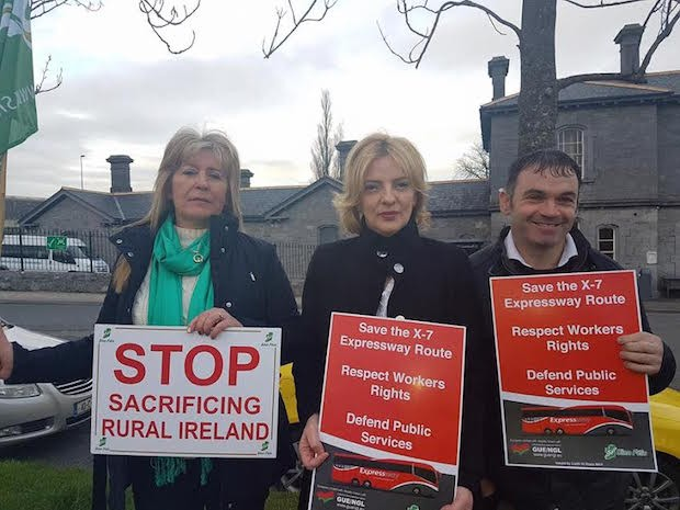 2017 Bus Éireann Clonmel protest Liada Ní Riada MEP flanked by Councillors Catherine Carey and David Dunne