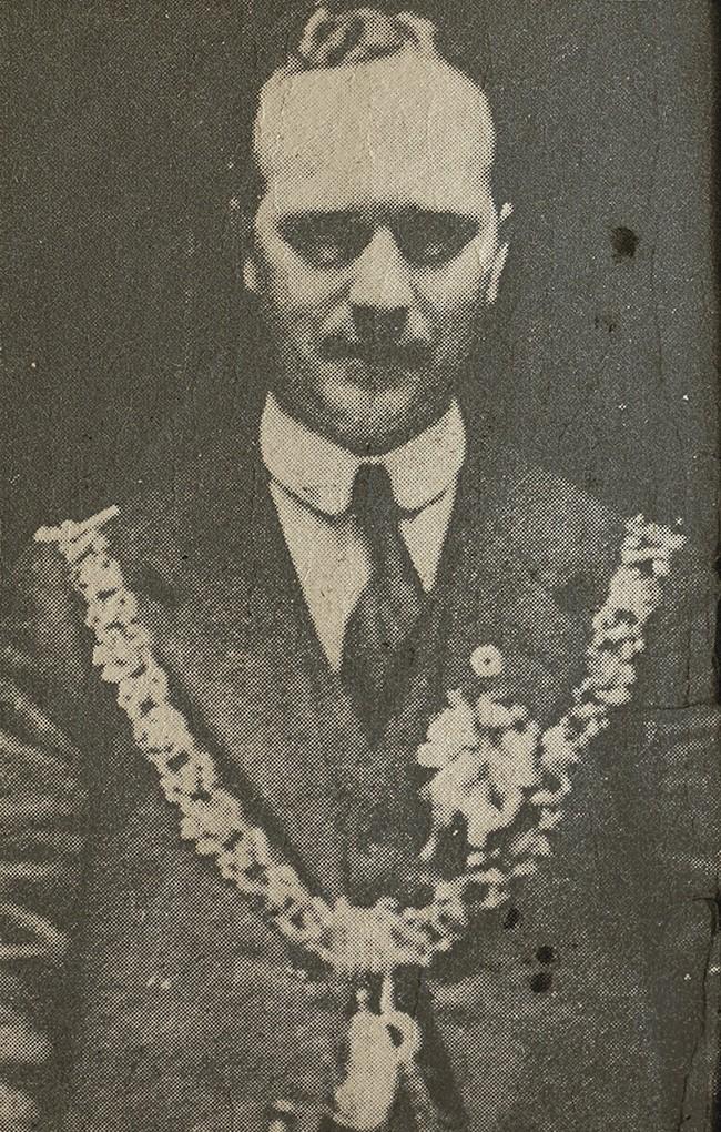 Tomas Mac Curtain Mayor Chain