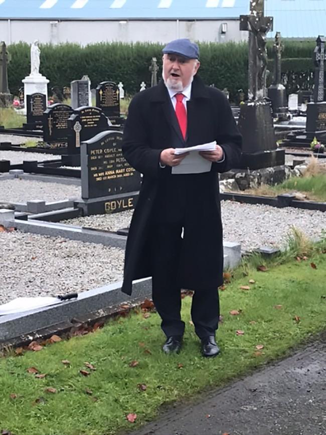 Former Sinn Féin Dáil Deputy Caoimhghín Ó Caoláin delivering the address on the occasion of the centenary of Vol. Michael Kelly's death
