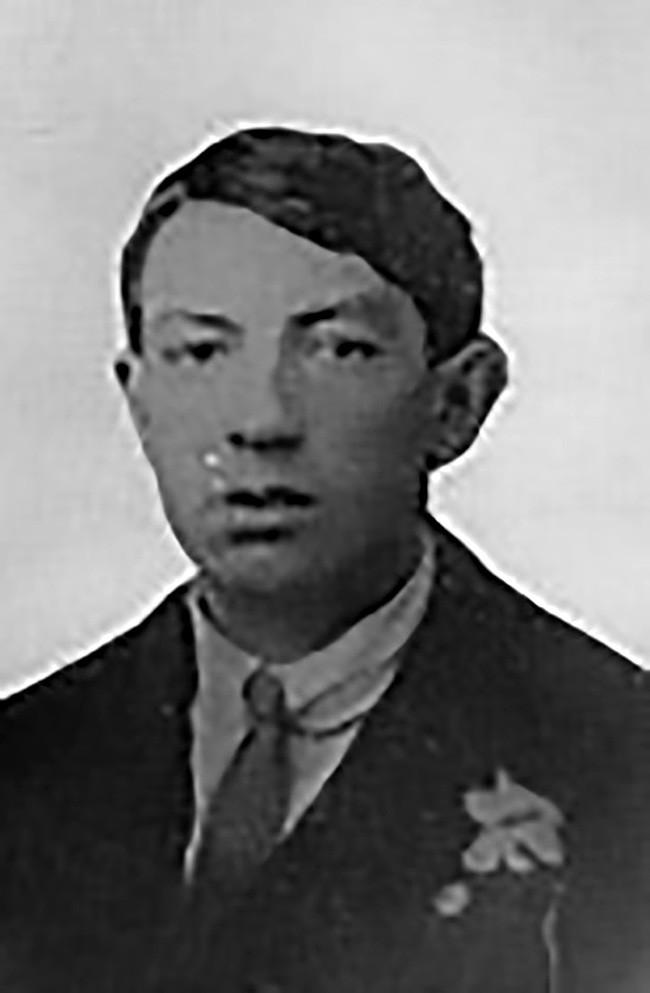 Maurice Moore