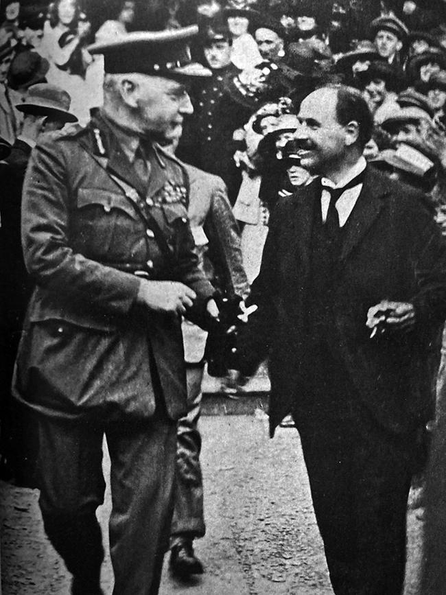 British General Nevil Macready and Lord Mayor Laurence O'Neill