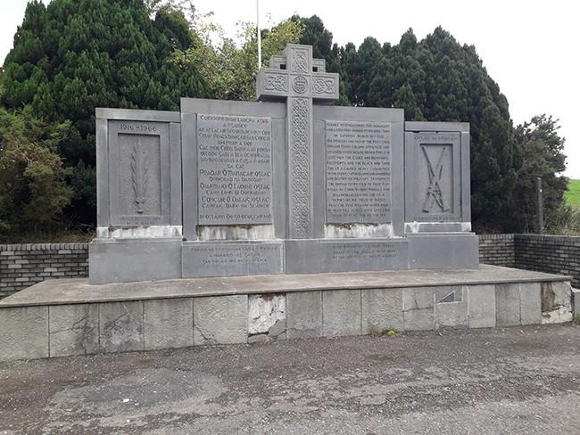 Crossbarry Monument