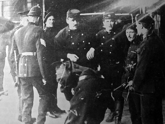 Custom House 1921 - fire brigade