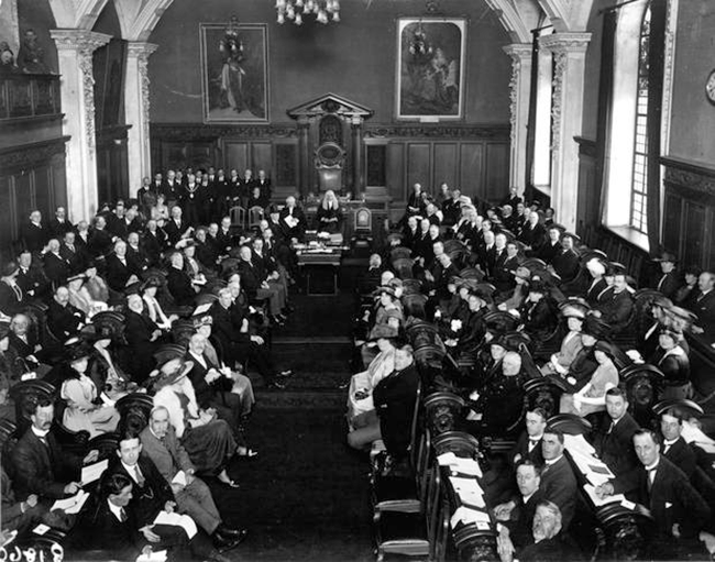 First meeting of 'Northern Ireland' Parliament in Belfast City Hall, 7 June 1921