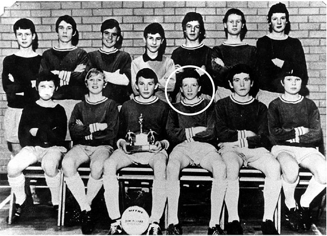 Bobby (circled) as a young boy on a local soccer team