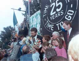Gerry Adams and supporters after the 1994 cessation announcement