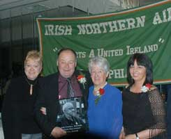 Rosemary and Paul Doris with Annie Cahill and her daughter