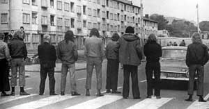 Loyalist paramilitaries block a road during the UWC strike of 1974