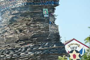 Placards on unionist bonefires taunting Ardoyne suicide victims
