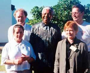 Martin McGuinness, Nelson Mandela and Gerry Kelly. (front) Siobhán O'Hanlon and Rita O'Hare