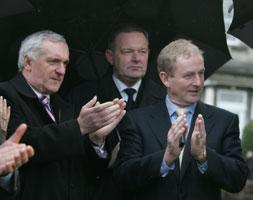 Fine Gael leader Enda Kenny and Fianna Fáil leader Bertie Ahern