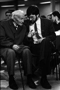 Dan Gleeson with Gerry Adams at the 1989 Ard Fheis
