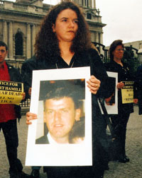 Robert Hamill's sister Diane said the family were determined that the RUC officers should appear unscreened