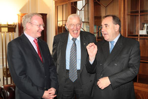 Alex Salmond with Martin McGuinness and Ian Paisley at Stormont