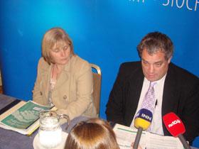 Críona Ní Dhálaigh and Aengus Ó Snodaigh at the launch of Sinn Féin's proposals for 'Creating Safer Communities' last Tuesday