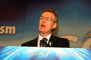 Gerry Kelly: 'I call on republicans to keep our nerve  – keep delivering policing change'