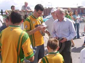 The North's deputy First Minister, Sinn Féin's Martin McGuinness and Senator Pearse Doherty canvass for a 'No' vote at the Donegal-Derry match in Ballybofey last Sunday