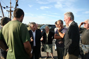 Arthur Morgan and Wexford Sinn Féin councillors meet the fishermen