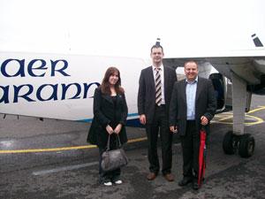 Diane Nolan of Galway Sinn Féin, Senator Pearse Doherty and Councillor Pádraig Mac Lochlainn prepare to fly to Inis Mór