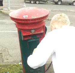GREEN LETTER DAY: Ógra give post boxes a facelift
