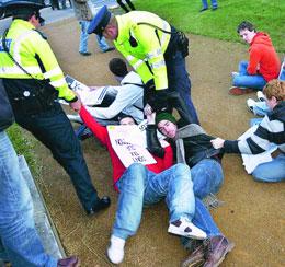Ógra Shinn Féin: Heavy handed tactics won't stop anyone from fighting fees