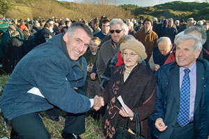 KILMICHAEL LINK: Declan Kearney greets Mary Cronin of Bantry, niece of Denis Cronin, one of the Volunteers in that historic fight at Kilmichael