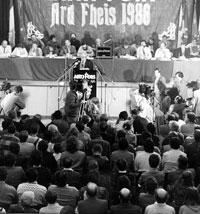 John Joe McGirl speaking at the 1986 Sinn Féin Ard Fheis