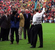 End the blockade of Cuba: Dr David Hickey in 1999 at the 25th anniversary of his Dublin team winning the 1974 All-Ireland