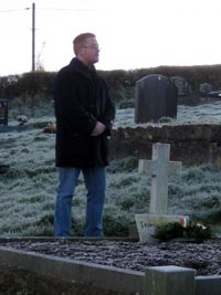 Seán Ó Murchadha, nephew of Feargal O'Hanlon, delivering the address at the wreath-laying ceremony