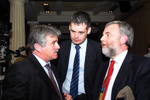 Sinn Féin TD Arthur Morgan and Senator Pearse Doherty talking with ICTU and SIPTU President Jack O'Connor