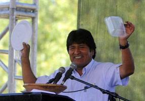 Bolivia's President Evo Morales champions sustainable tableware during his speech at the World People's Conference on Climate Change and the Rights of Mother Earth in Tiquipayaa